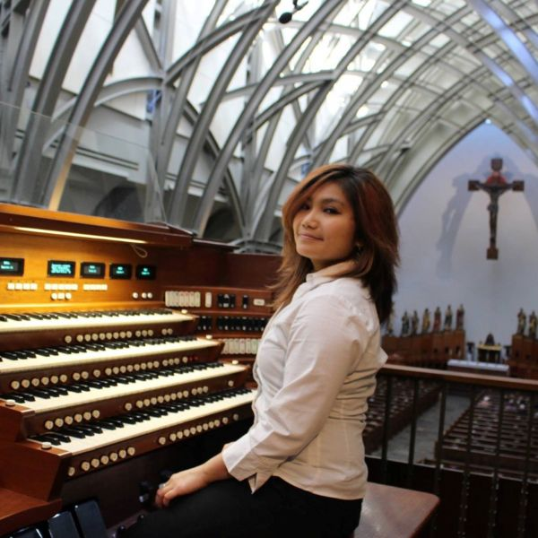 Mary Joy Silmaro leads Choral Concert and Compline this Sunday evening